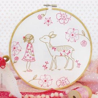 Bambi Girl (鹿と女の子) 刺繍キット<br>