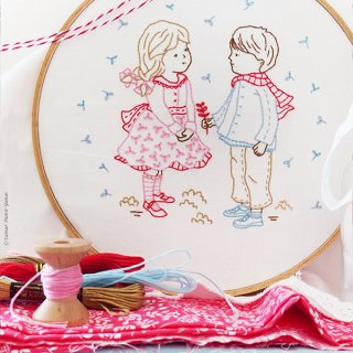 Winter Girl and Boy (冬の子供たち) 刺繍キット<br>