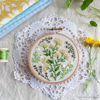 Green garden (グリーン園庭)刺繍キット