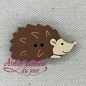 フランス製 木製ボタン ハリネズミ