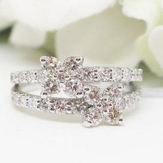 優雅でスイートなフラワーモチーフのダイヤモンドリング PT950