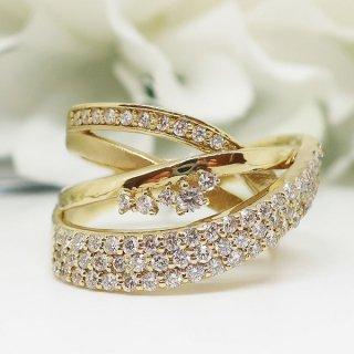 ボリューム感とゴージャス感を一度に楽しめるダイヤモンドリング K18YG