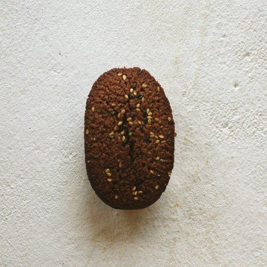 オーバルフィナンシェ(チョコ&胡麻)