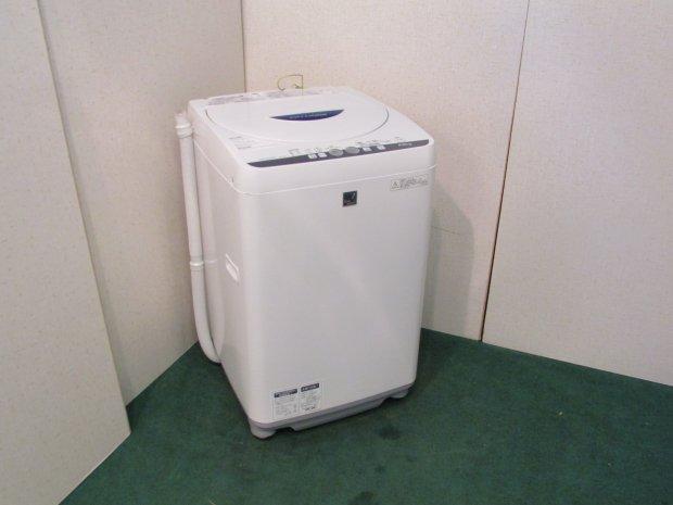 2015年製 シャープ 全自動電気洗濯機 ES-G4E2-KB(3279)