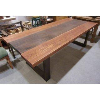チャンチン・ウォルナットのテーブル 【売約済み】