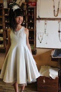 (G-140-20)BEBE上品なシルバーのドレス140cm