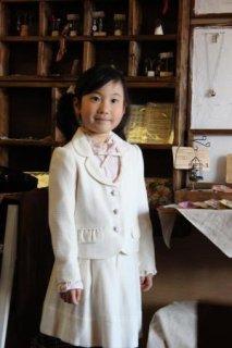 (G-120-55)BEBE白のスーツ120cm