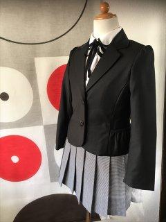 (G-120-111)コムサイズムのスーツ120cm