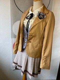 (G-150-54)キャメルのジャケットが可愛いスーツ150cm