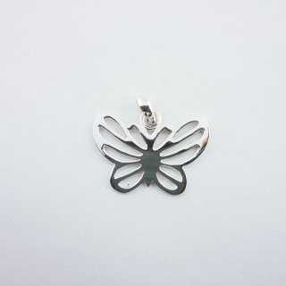 Silver Pendant|可愛い バタフライ(蝶)型 スターリングシルバー(SV925) ペンダントトップ
