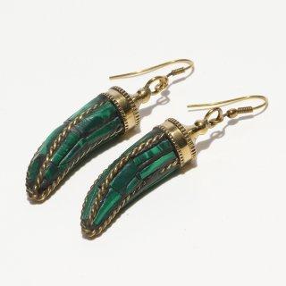 角型アフガントラディショナルデザインピアス|グリーン 真鍮製 フックピアス|ハンドメイド|Afghan Earring