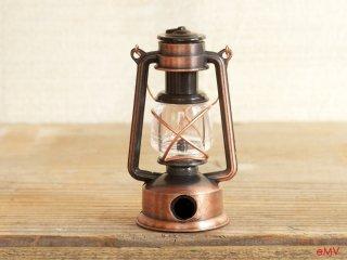 アンティークな鉛筆削り - ランプ