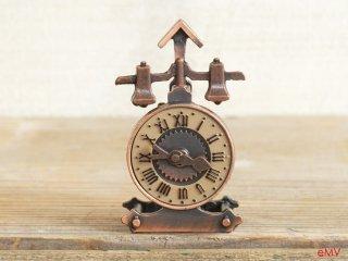 アンティークな鉛筆削り - 置き時計