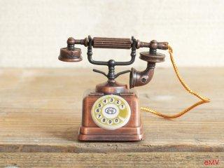 アンティークな鉛筆削り - 電話