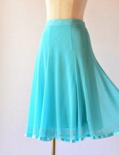 軽やかメッシュ素材 シャインスカート