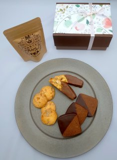 ショコラの焼菓子と紅茶のセット(数量限定)