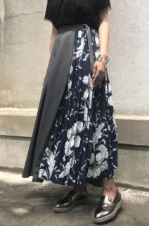 Floral pleats switch skirt