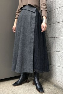 Check x lace switch skirt