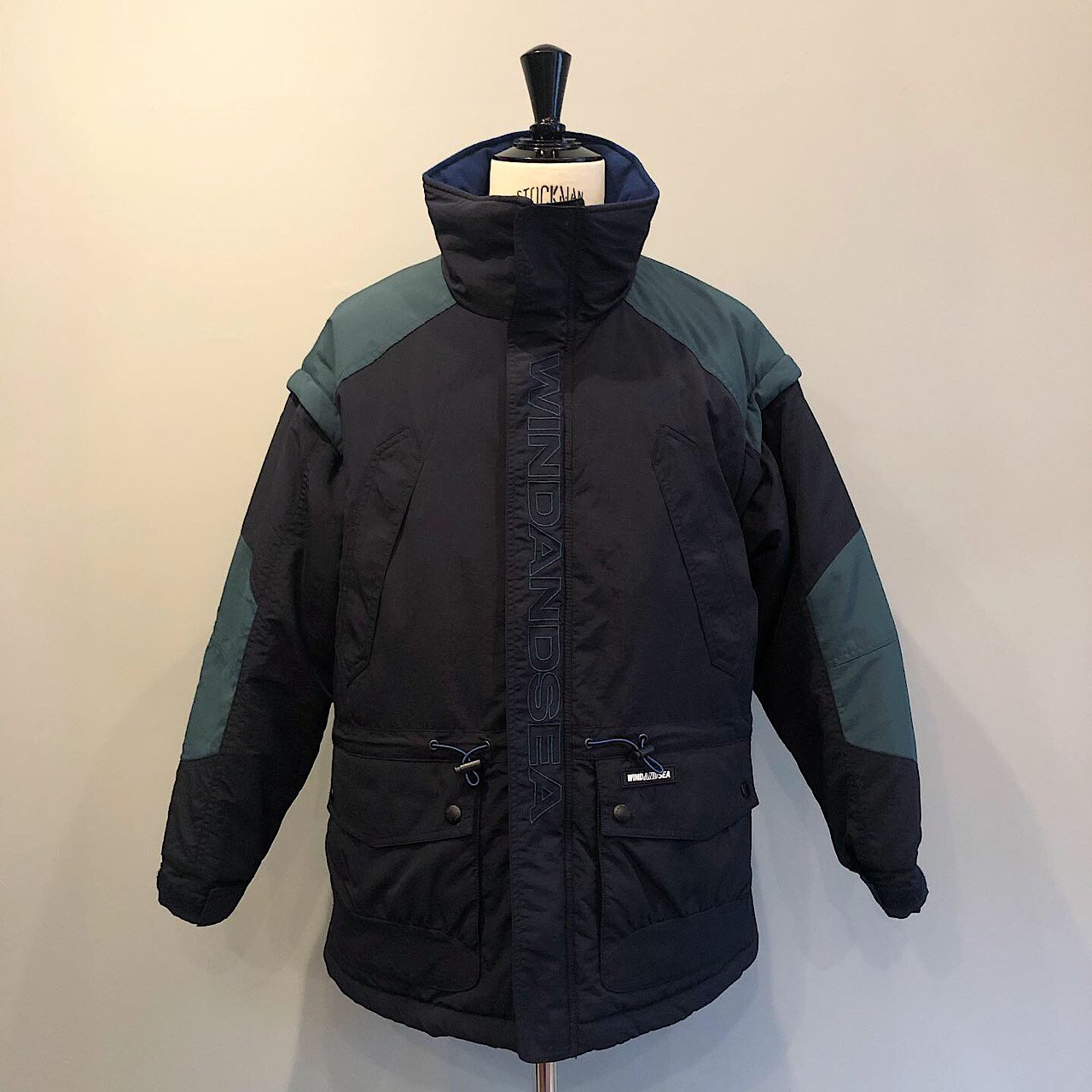 WIND AND SEA<BR>DETCHABLE BLOUSON<BR>NAVY