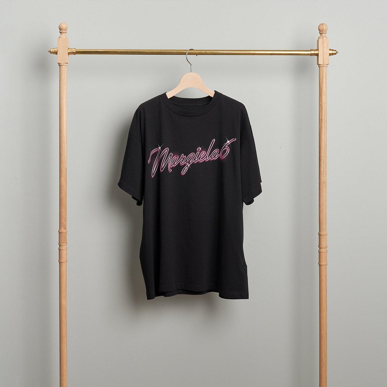 MM6 Maison Margiela PARIS <BR>ロゴ Tシャツ<BR>BLACK