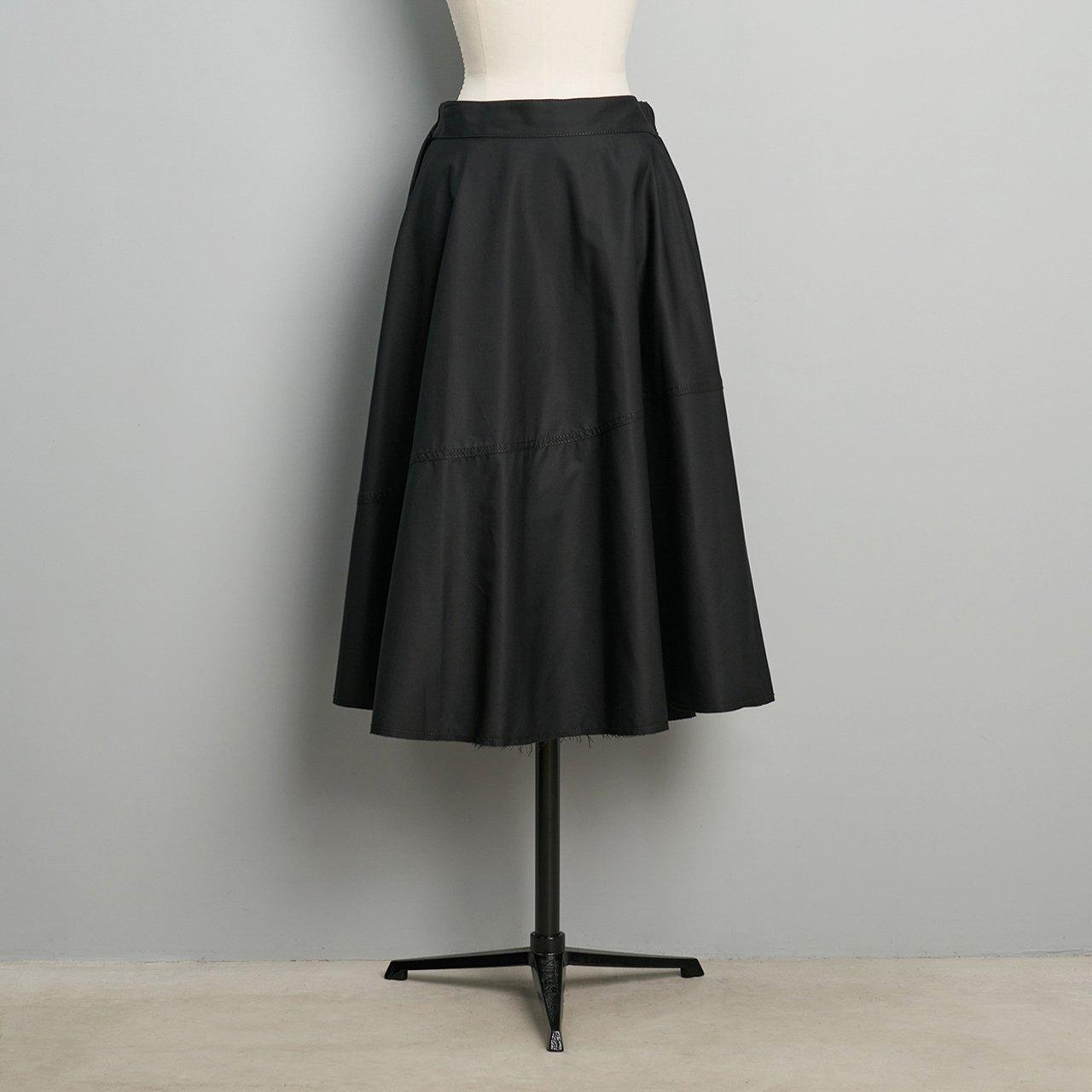 MM6 Maison Margiela  <BR>ブラックスカート<BR>