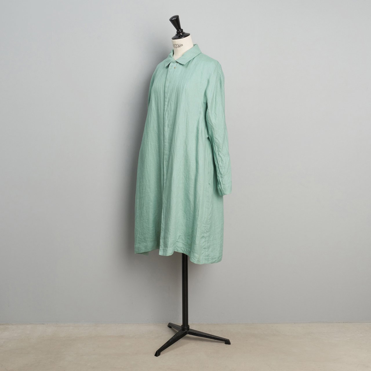 suzuki takayuki <BR>stand-fall-collar coat<BR>spray green