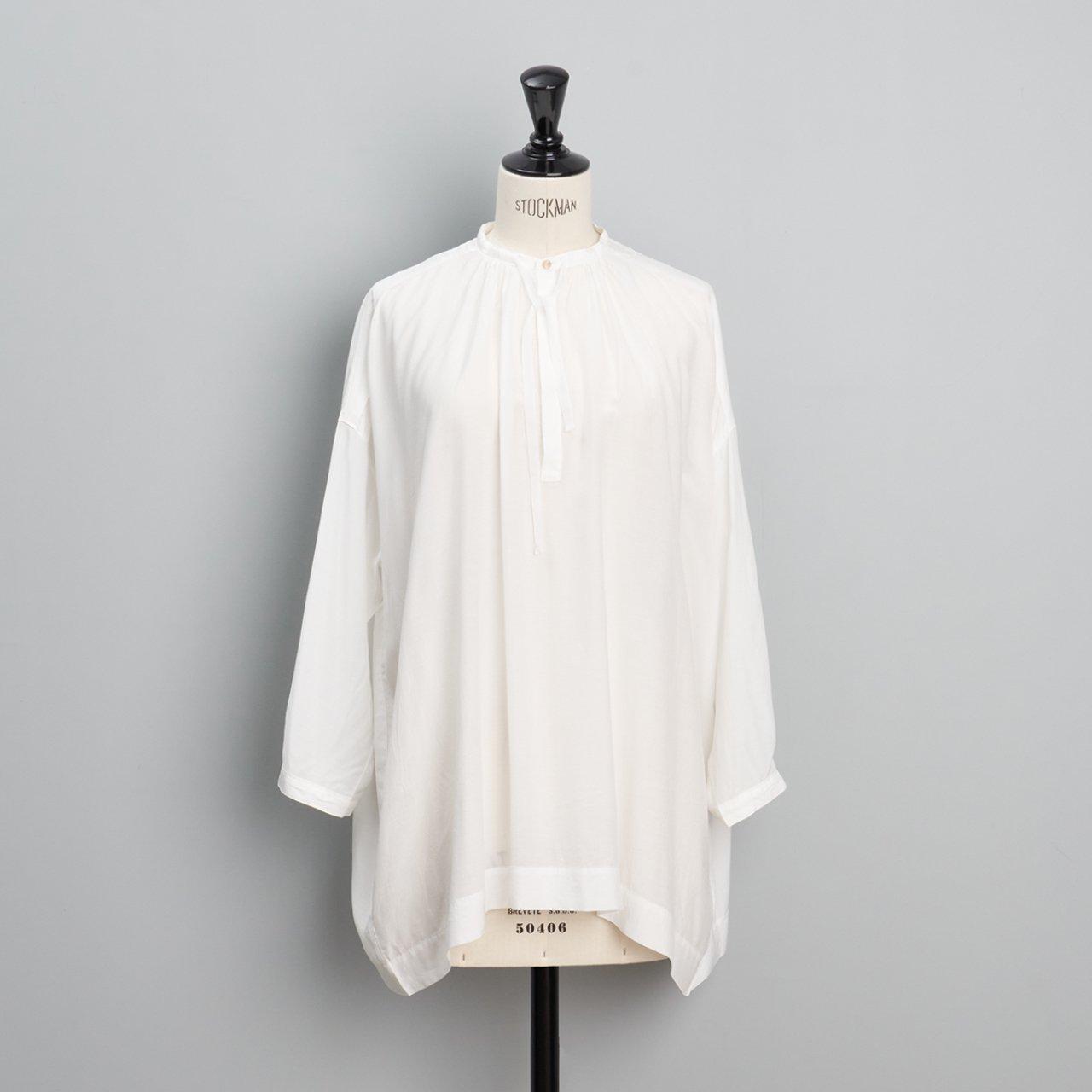 suzuki takayuki<BR>slip-on blouse<BR>nude