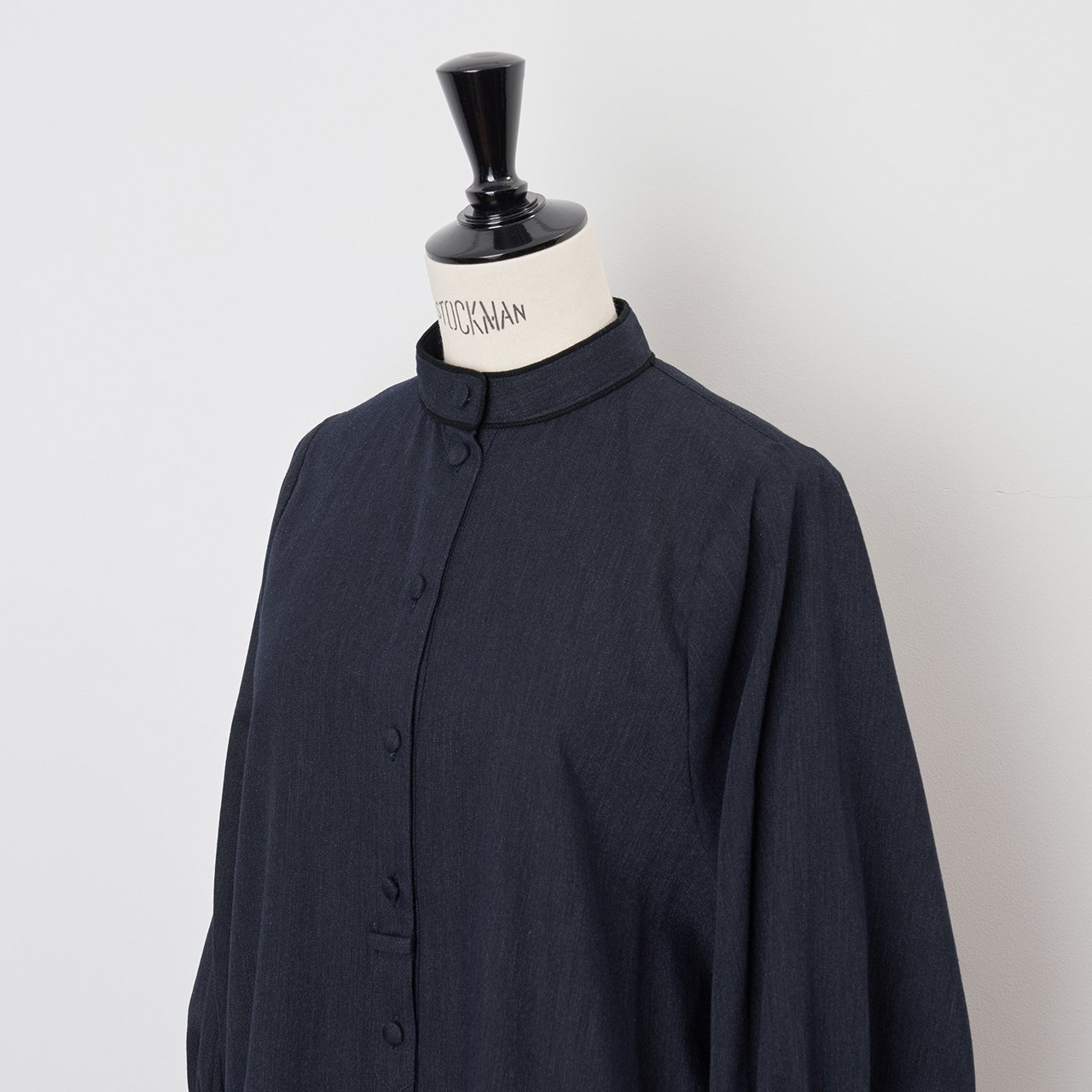 PaleJute<BR>long blouse<BR>INDIGO