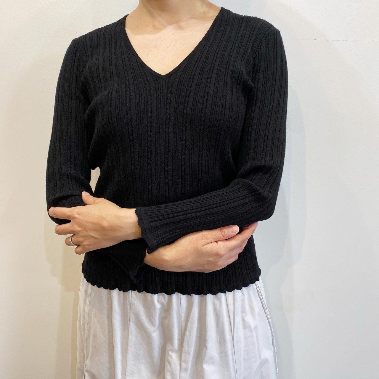 Pale Jute <BR>Eyelet knit V-neck<BR>Black