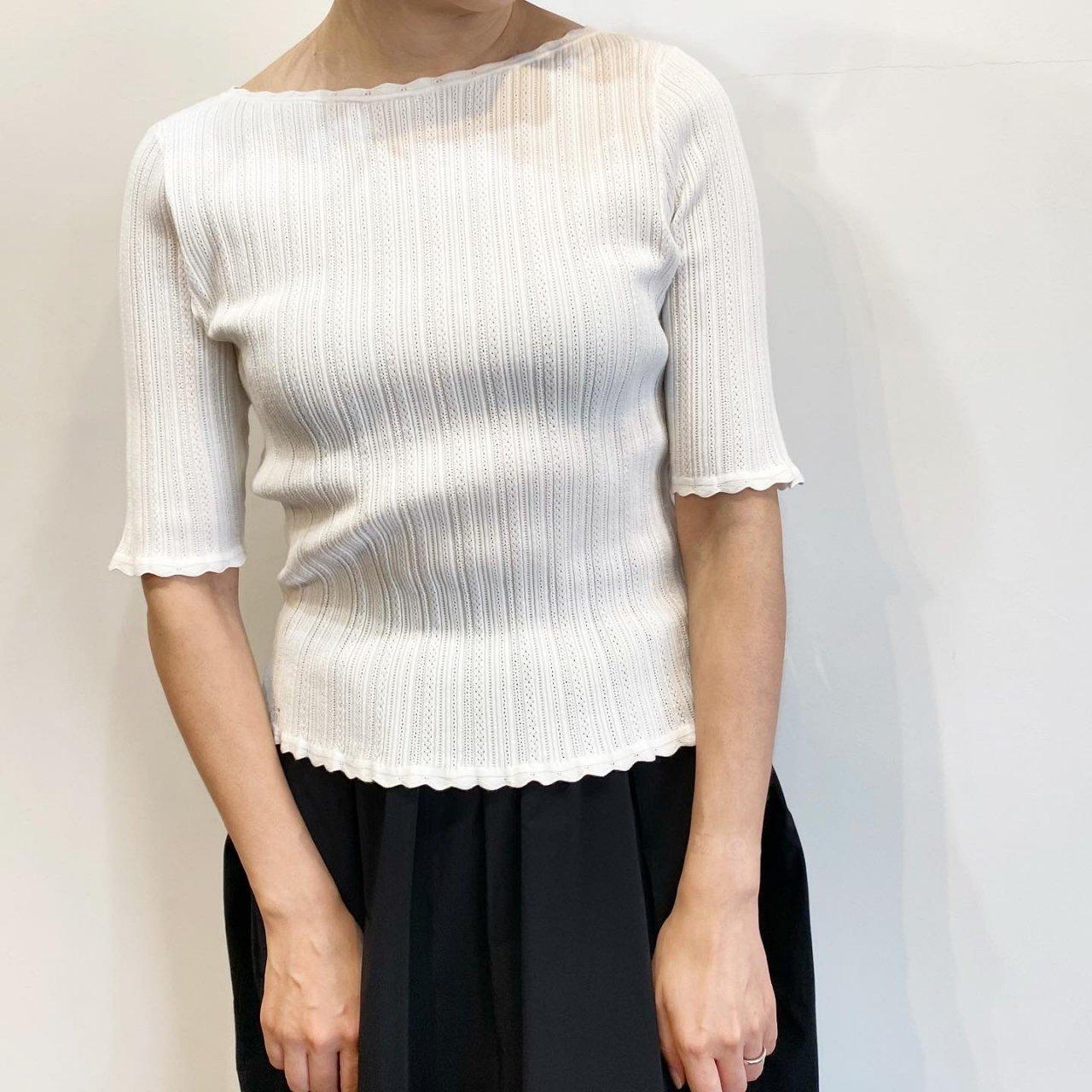 Pale Jute <BR>Eyelet knit B-neck<BR>White