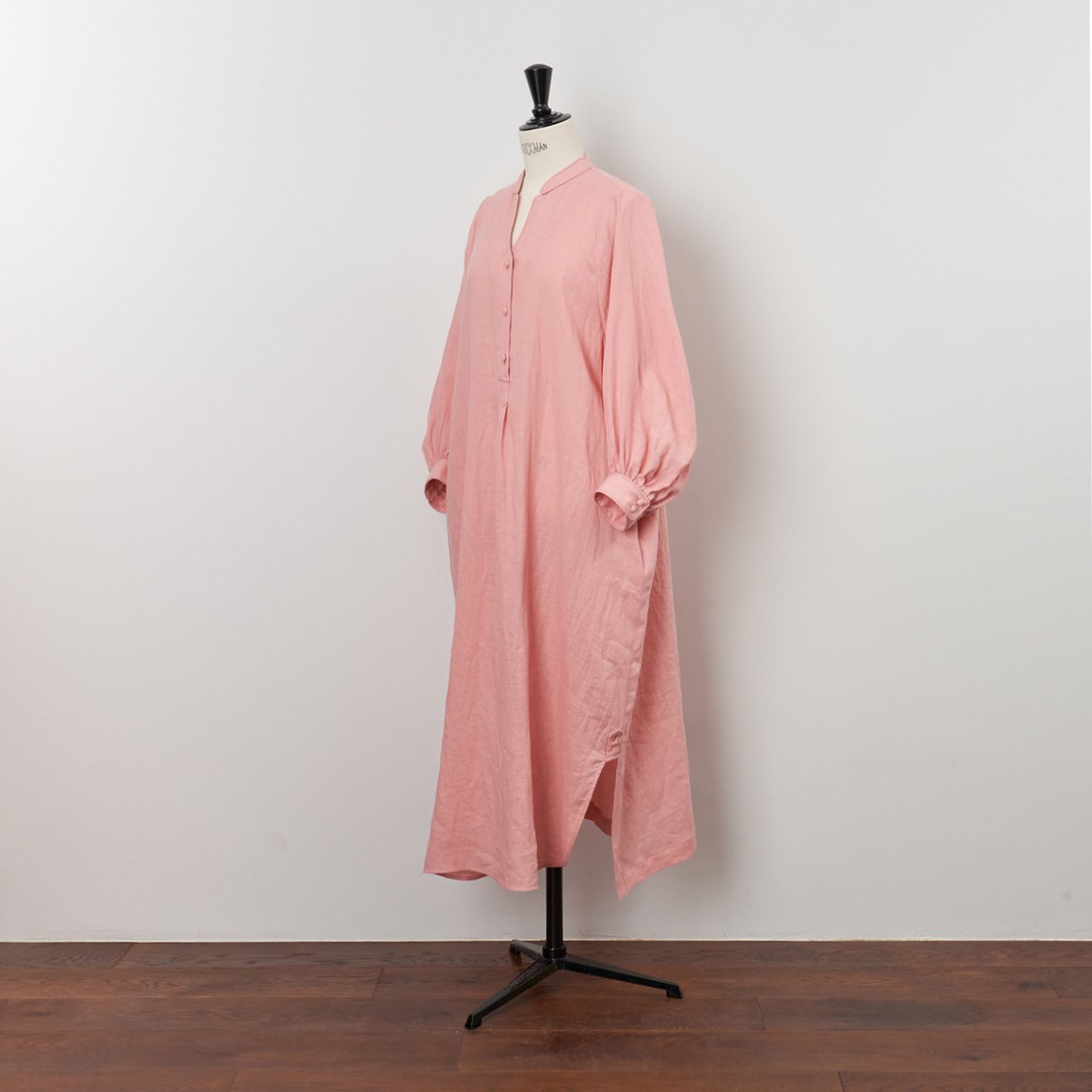 PaleJute<BR>color linen one-piece<BR>pale pink