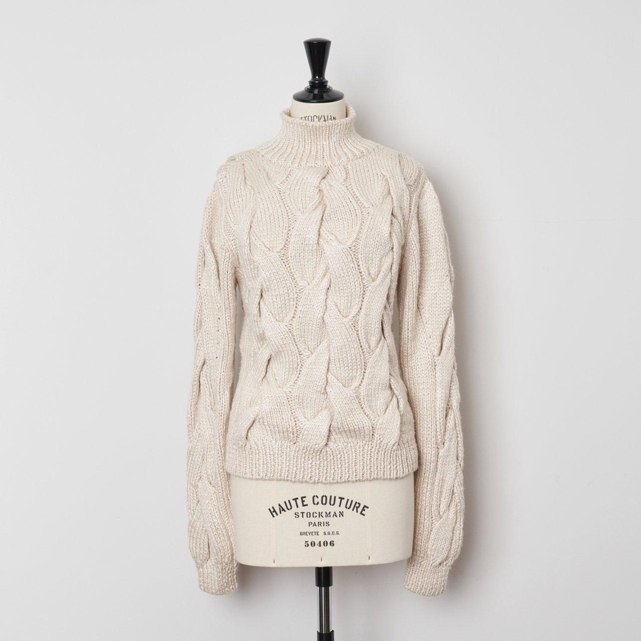 pelleq<BR>Hand nitted silk rope knitted jumper<BR>snow