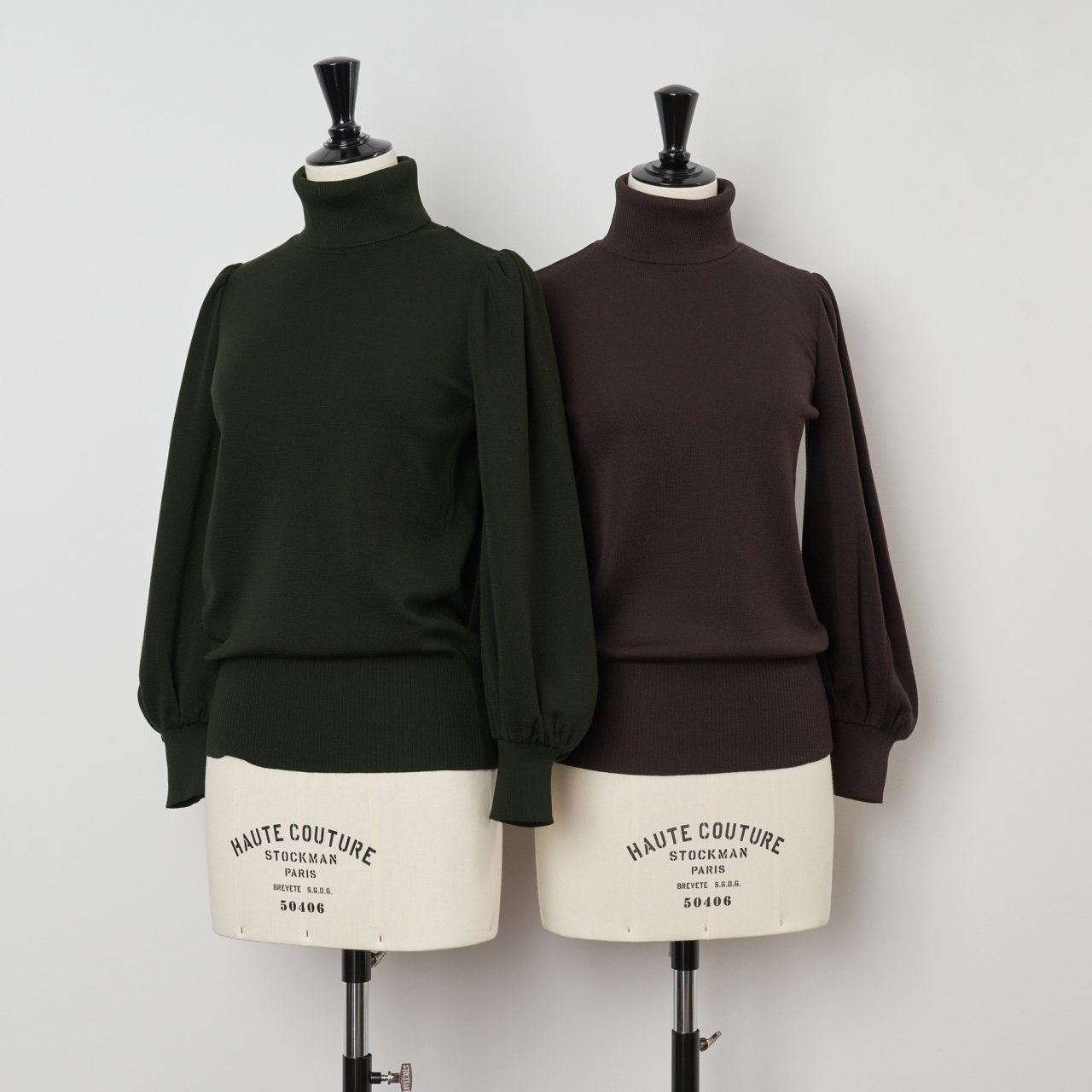 PaleJute<BR>volume sleeves turtleneck<BR> 「Lily of the valley」<BR>khaki・blown