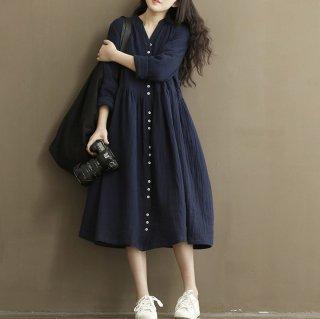 ふんわり広がるAラインスカートが可愛いゆったりワンピース