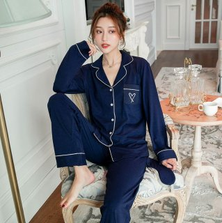 出産準備におすすめ 胸元ハートのワンポイントがかわいい長袖パジャマ ルームウェア 2色