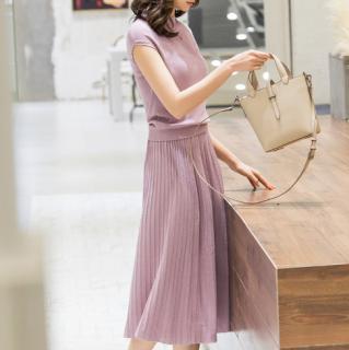お呼ばれコーデにおすすめ 上品かわいいプリーツスカートのサマーニットセットアップ 4色