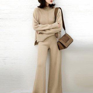 産後にもおすすめ きれいめでおしゃれなセンターラインの長袖ニットセットアップ 2色