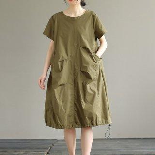 おしゃれに体型カバー ゆったりカジュアルなアシメポケットの半袖ワンピース 2色