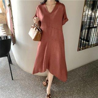 オトナ女子に人気のきれいめデザイン シンプルVネックの袖ありゆったりロングワンピース 3色