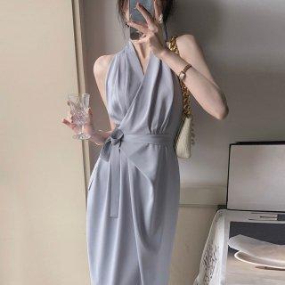 オトナ女子のお呼ばれスタイル きれいめカシュクールのロング丈ホルターネックワンピース 2色