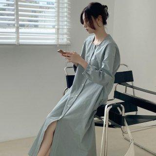 きれいめカジュアルな人気アイテム 前開きシャツのロング丈長袖ノーカラーワンピース 2色