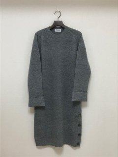 Maika イタリア糸ウールカシミヤサイドスリットニットドレス