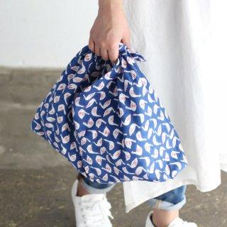 SUVALNA あづま袋(東袋)Mサイズ 木版染め(ブロックプリント) スワン×ブルー