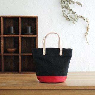本牛革と22オンス帆布のヌメ革ハンドルバケツ型トートバッグ(ブラック/レッド)