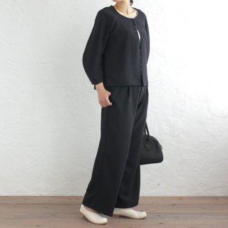 とろみ素材 コクーン袖ノーカラージャケットとストレートパンツのセットアップ フォーマル(ブラック)