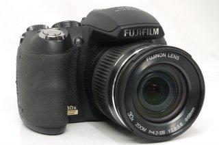 フジフィルム FINEPIX HS10 24-720mm F4.2-126 (30倍ズーム) 新品同様