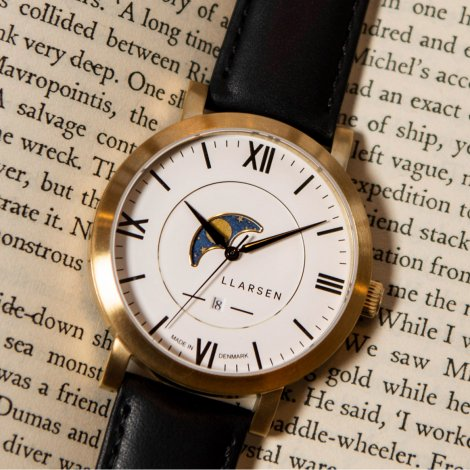 HUGO moon-phase (LW80)  Gold with Ink strap / white dial