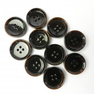 模様入こげ茶色系ボタン/23mm/4穴/コートに最適