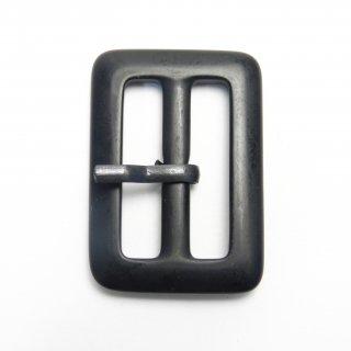 黒色ピン付バックル/内径30mm/本体素材:プラスチック/ピン素材:メタル系/コート・ハンドメイド・手芸・コスプレに最適