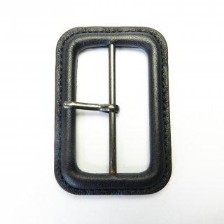 本革の黒色系ピン付バックル/内径50mm/本体素材:皮革/ピン素材:メタル系/トレンチコート・スプリングコート・コスプレに最適